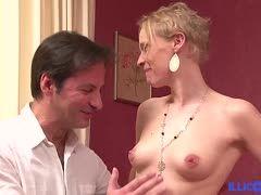 Blondes Pariser Girl zum Arsch-Sexstar gemacht
